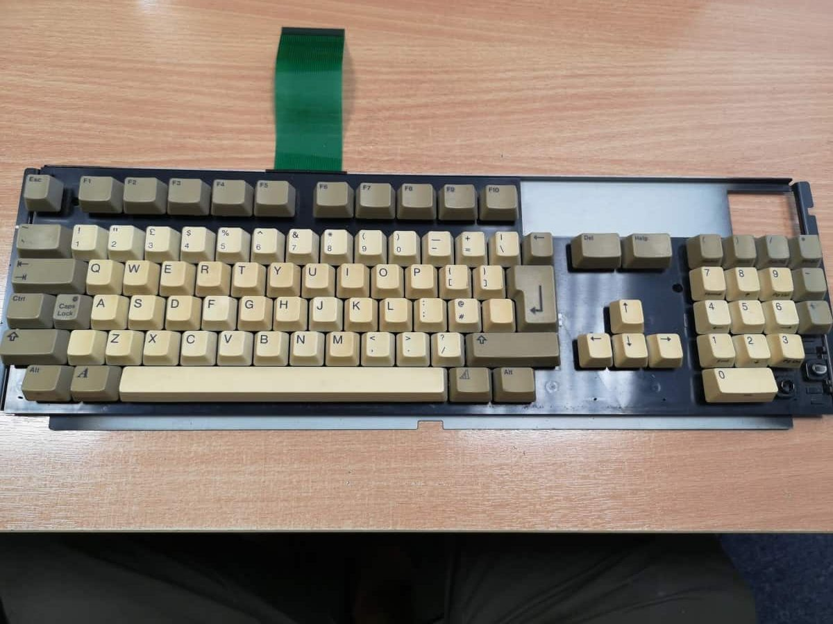 amiga 1200 keyboard repair and restoration