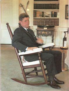 La Mecedora de Kennedy  Retroterapias
