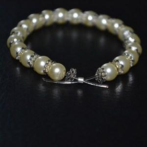 Easy DIY jewelry how to make stretch bracelets with