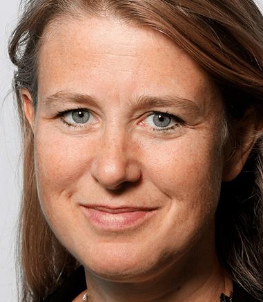 <em>Karoline Bakka Hjertø</em>