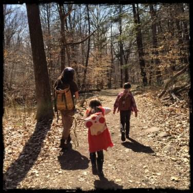 Family foraging border