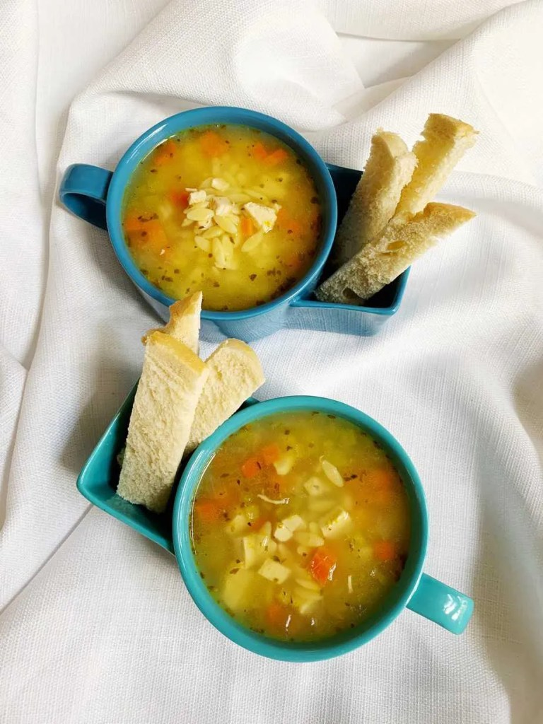 Healthy Lemon Chicken Orzo Soup