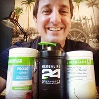 Emmanuel Vial distributeur herbalife ile reunion 974