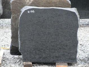 Hauakivi: K143 (kõrgus35cm./laius38cm.)