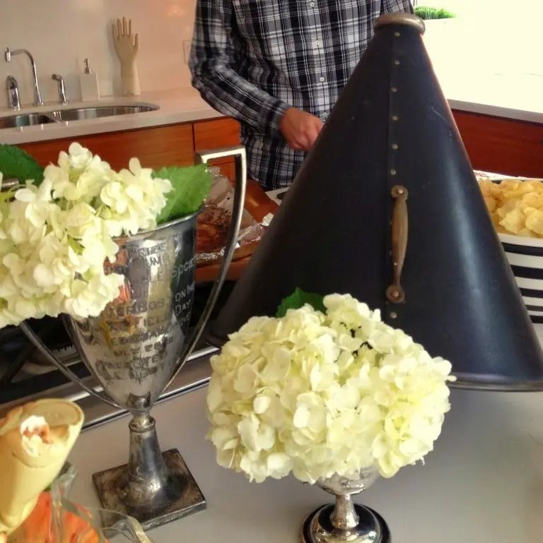 6 Stylish Super Bowl Party Decorating Ideas - Revel and ...
