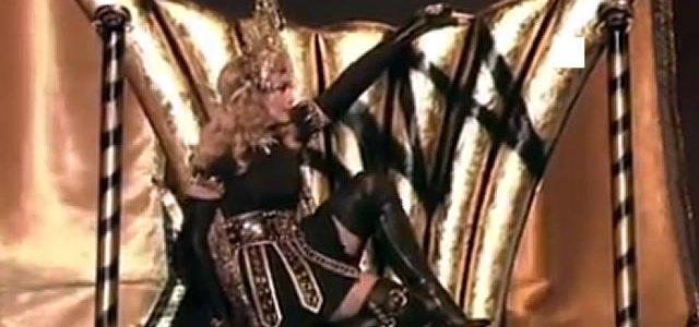 Madonna_Throne_Pose