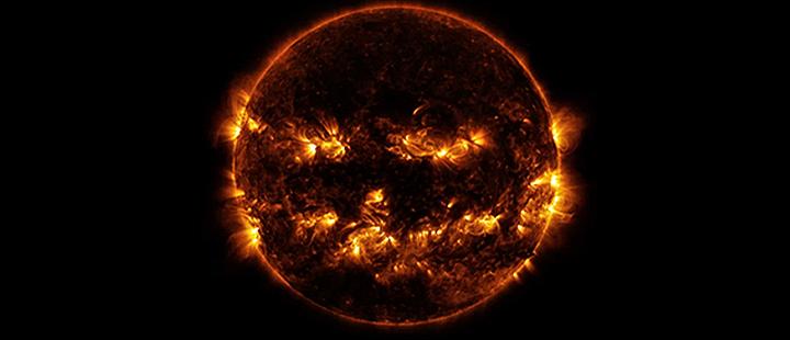 MAJOR Solar Event: The SUN Captured Blinking or Sending Morse Code?