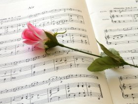 music-and-flowers