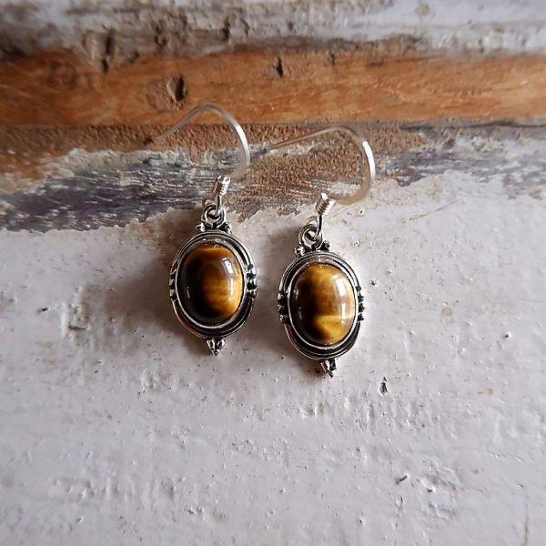 Zilveren oorbellen met Tijgeroog edelsteen