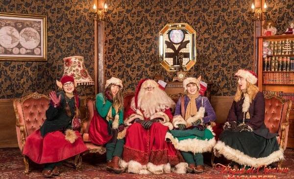 Moș Crăciun sosește astăzi la  Târgul de Crăciun București!