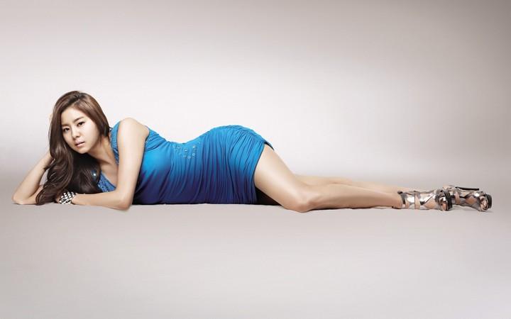 Wallpaper 1680x1050 Girl Uee After Scholl Kpop Girl Asian Korean Beautiful Legs