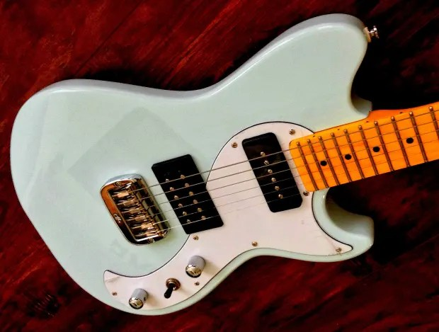Tribute Stratocaster Electric Guitar Shop Photo Inner Circuitry