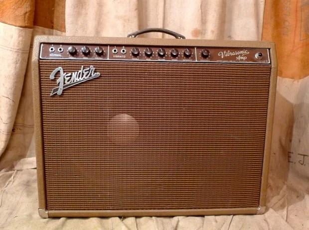 Fender Vibrasonic Brown