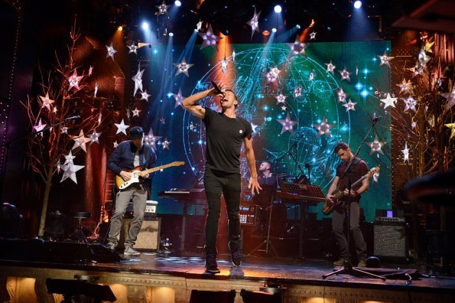 Provided by Google images (Coldplay performing on SNL)