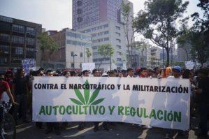 contra narco y militares