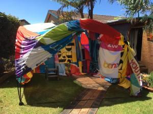 banner-tent