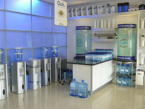 Water Bar Setup In A Water Shop