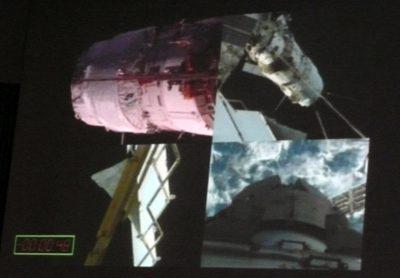 Vue depuis l'ISS du docking en cours