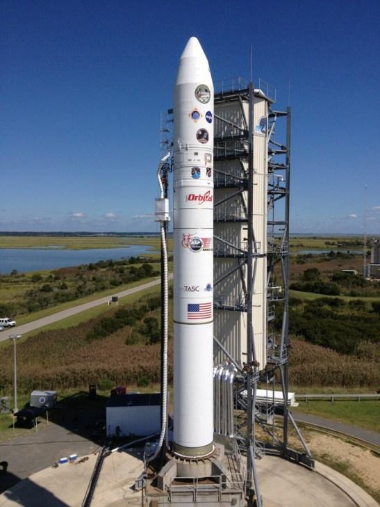 le lanceur Minotaur V sur son pas de tir (source : NASA Edge)