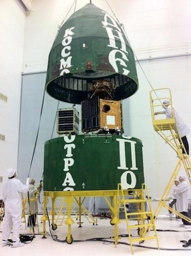 Dubaisat2 et les autres satellites sur le lanceur Depnr (source Kosmotras)