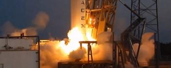 Essai static de la Falcon 9 le 28/12/13 (source http://www.nasaspaceflight.com)