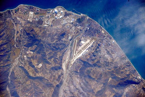 Phot de Sochi prise de l'ISS le 31 janvier 2014 (source @scolarson)