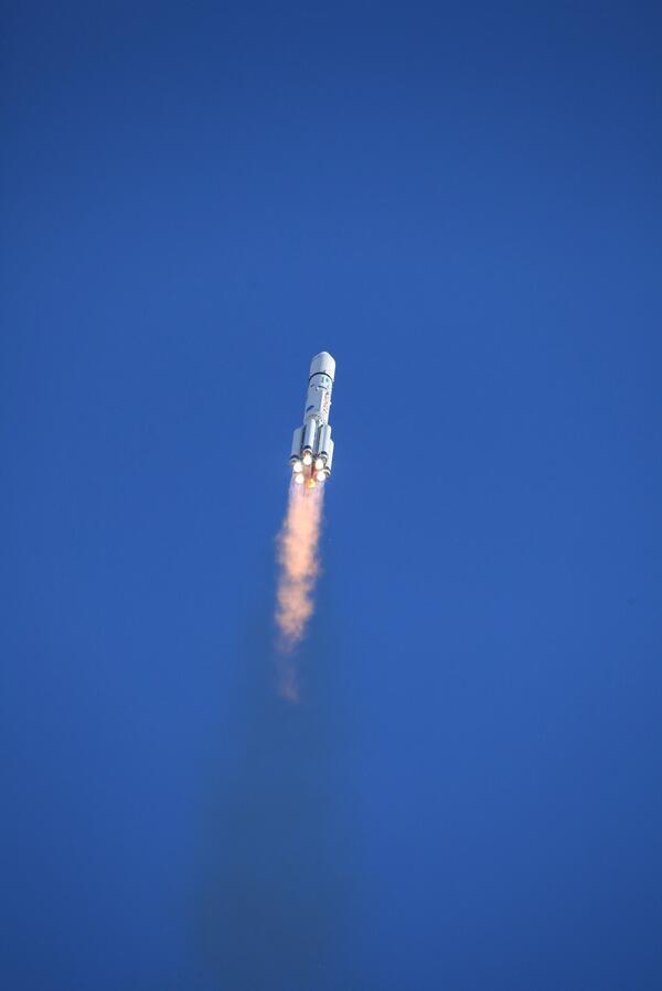 Lancement de Proton  28/04/14 (Crédit : Roscosmos)