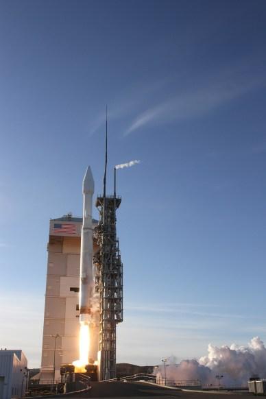 Lancement de DMSP-5D3 F-19 par une Atlas 5 le 3 avril 2014 (source ULA)