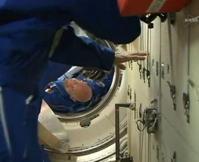 Arrivée d'Alexander Gerst dans l'ISS (source NASA TV)