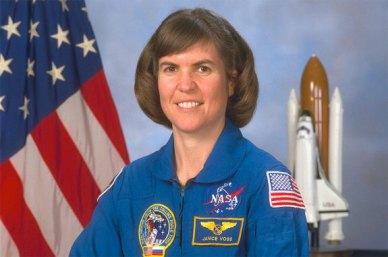 L'astronaute Janice Voss ( 1956 -2012) a passé un peu plus de 49 jours dans l'espace au cours de 5 missions de Shuttle