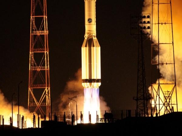 Lancement du Proton M porteur d'Ekspress AM-6 © Roskosmos