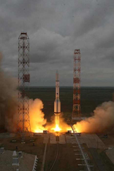 Lancement Proton / Mexsat-1 du 16/05/15 (source Roscosmos)
