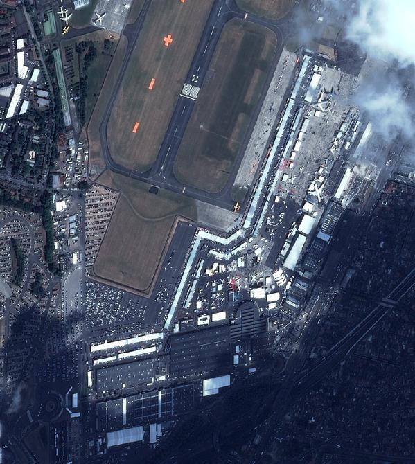 Le salon du Bourget 2015 depuis l'espace par les satellites Pleiades (Credit :Airbus Defence and Space)