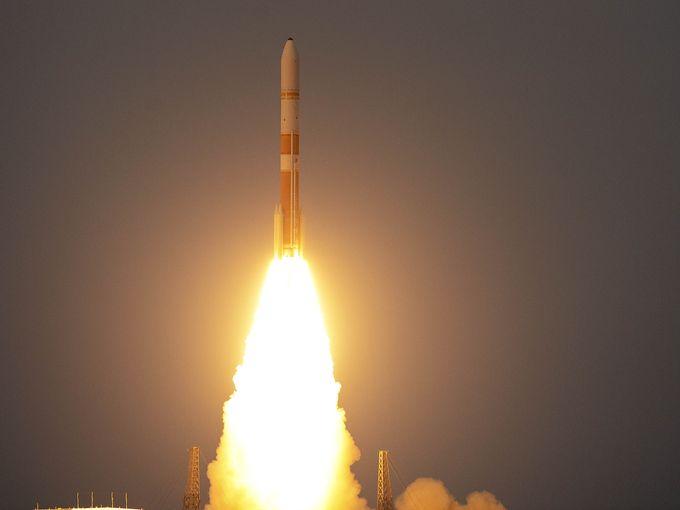 lancement-delta-4-WGS7-23-07-2015-6