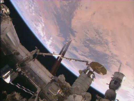 Le Cygnus après accostage à l'ISS (source NASA TV)