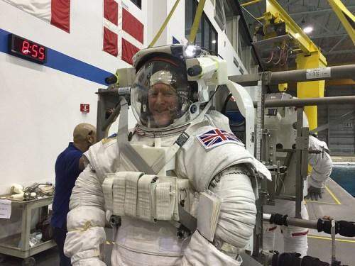 Tim Peake lors d'un entrainement à la sortie dans l'espace à la NASA (Credit NASA / ESA)