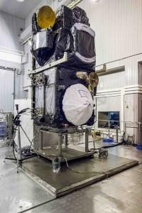 Le satellite Sentinel 3A pendant sa préparation au lancement (credits ESA)