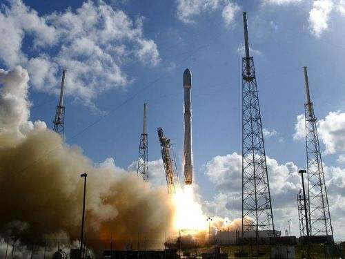 Lancement de Thaicom 8 par une Falcon 9 le 27/05/2016 (Credit Craig Bailey / Florida Today)