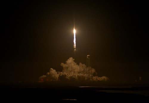 Lancement Antares / Cygnus OA-5 le 17/10/2016 (credit NASA/Bill Ingalls)