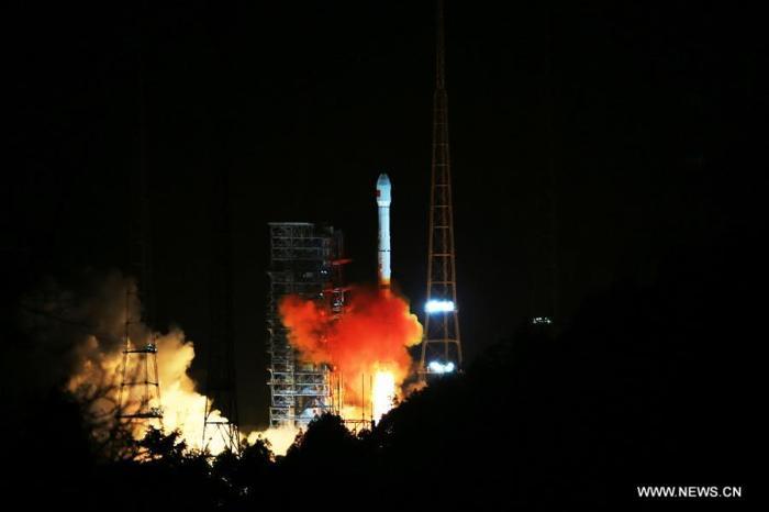 Lancement par Long March 3C du satellite Tianlian_1-04 le 22/11/2016 (source : Xinhua)
