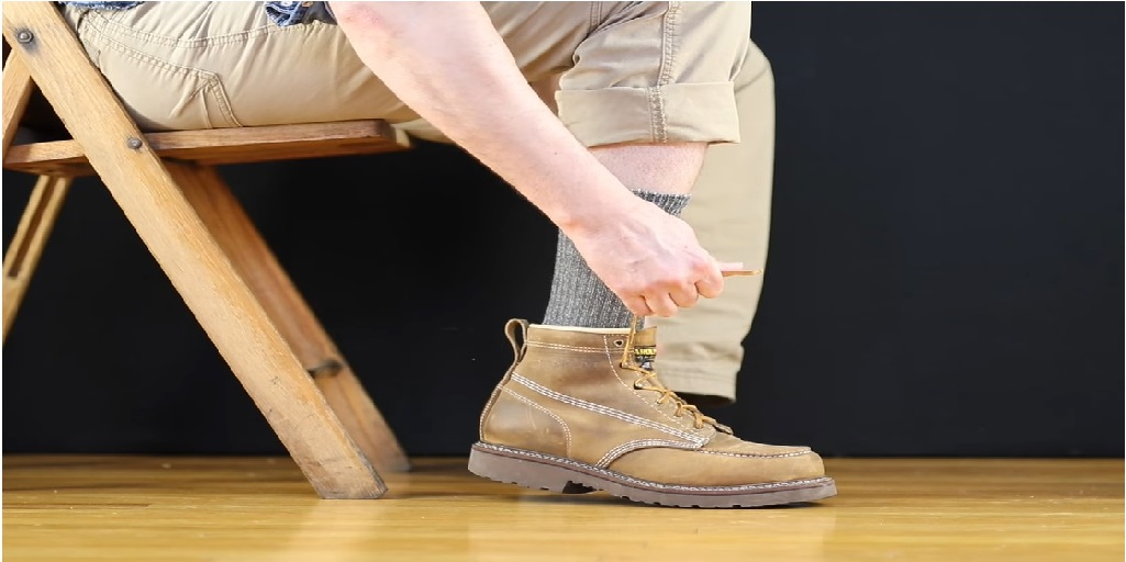 ac24ab875e16e Best Socks for Work Boots: Top 10 Socks (Complete Guide) - ReviewAir