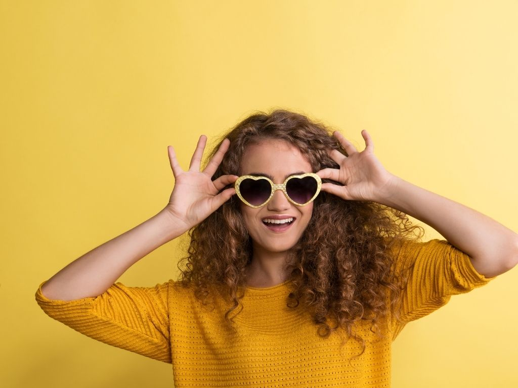 Glasses- Latest Teenage Fashion Trends