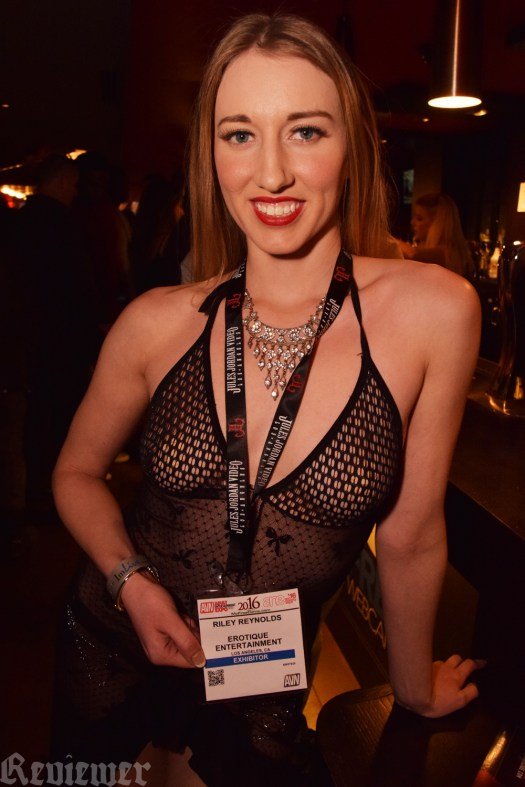 Riley Reynolds at 2016 AEE, photo by Reviewer Magazine.
