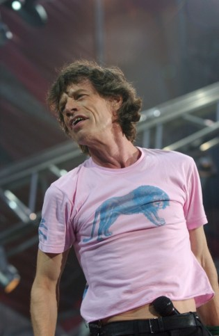 Jagger_live_Italy_2003