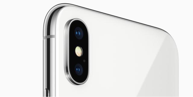 iPhone X - Dual Cameras