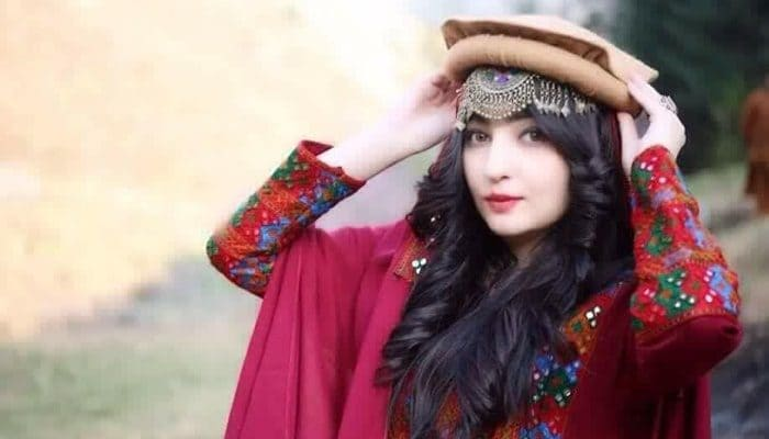 Pathan Girl Wallpaper Gul Panra Sings The Punjabi Tappay Reviewit Pk