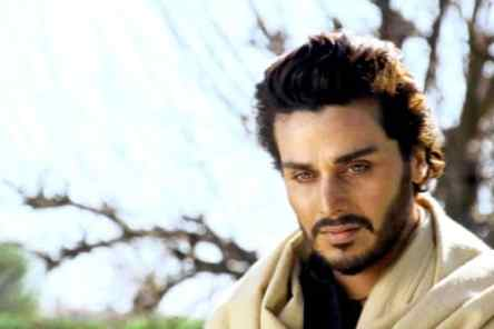Ahsan Khan To Shake A Leg In A Pakistani Musical In London