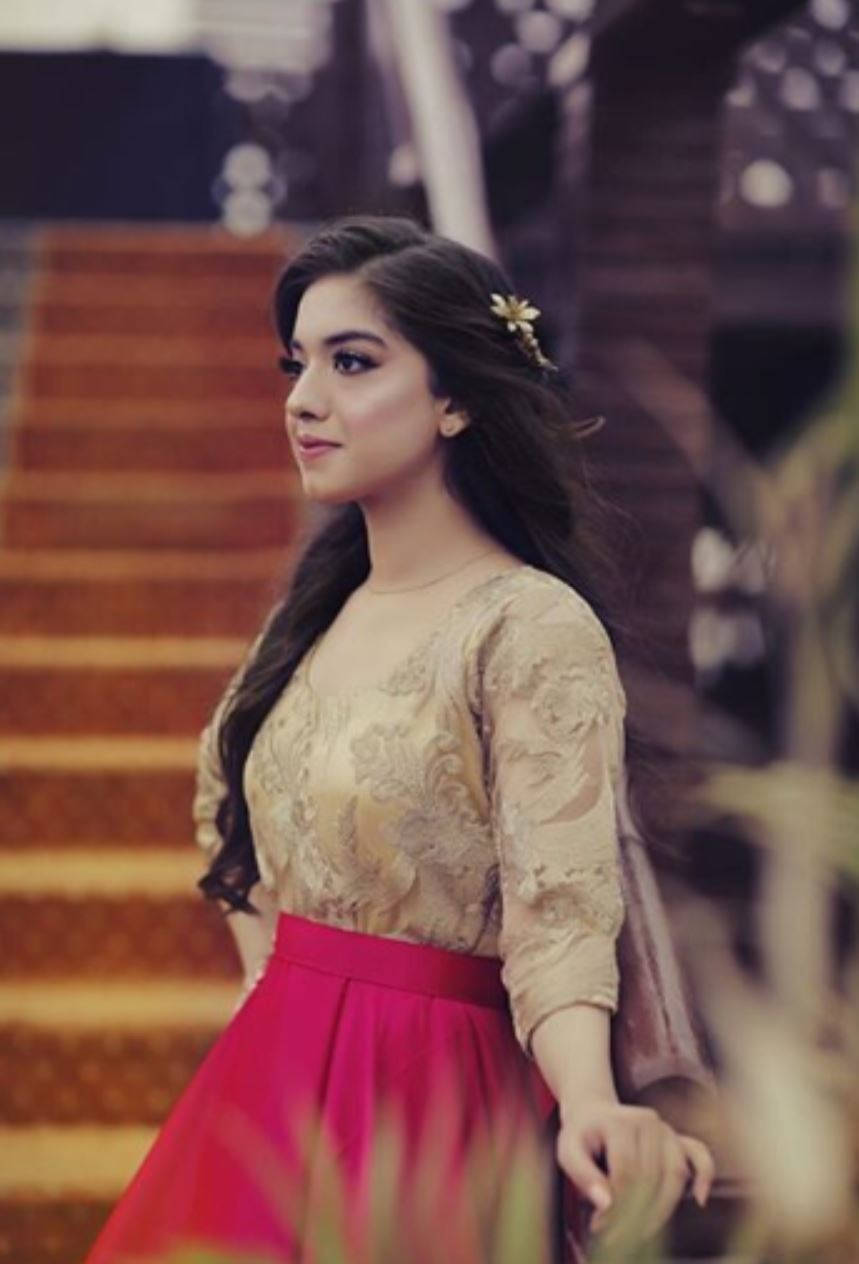 Sara Razi Khans Bridal Shower Reviewitpk