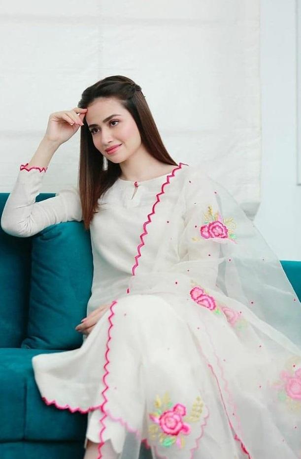 Sana Javed 4 1