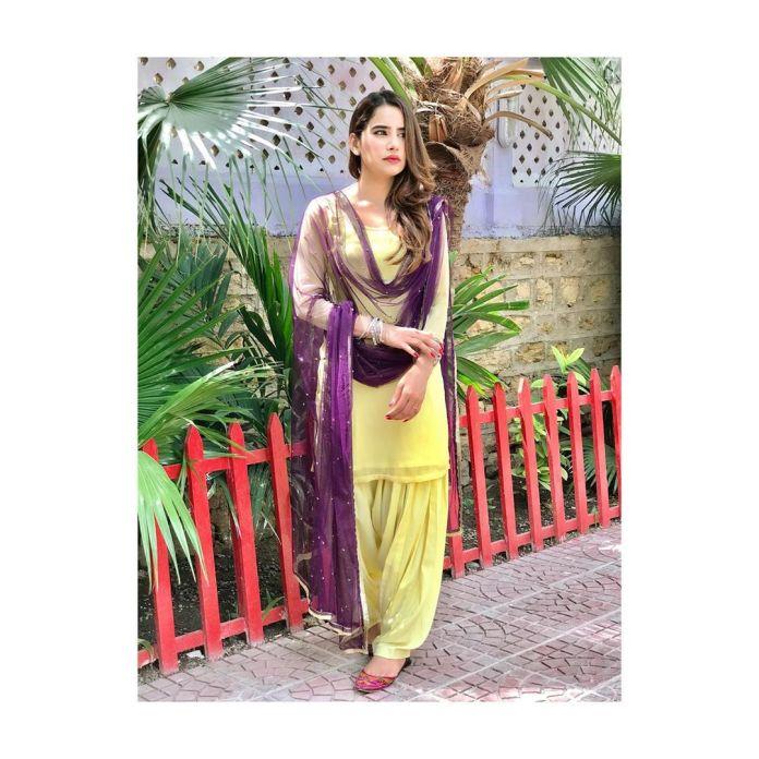Saniya Shamshad 11